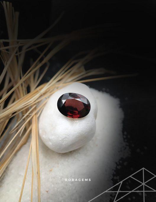 Best gemstone dealer from Sri Lanka Orange Red Zircon