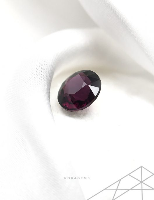 Contemporary jewelers choice-purple spinel